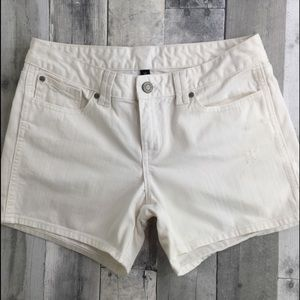GAP white denim shorts